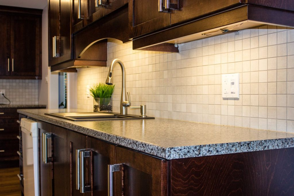 Kitchen Back splash Lighting